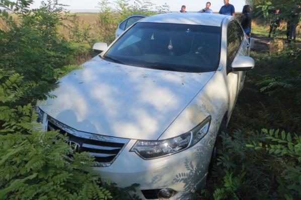 После убийства преступник угнал машину жертвы