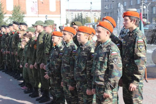 В мероприятиях принимает участие большое количество подростков-курсантов