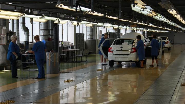Аттракционневиданной щедрости: АВТОВАЗ проиндексировал зарплату работникам на 7%