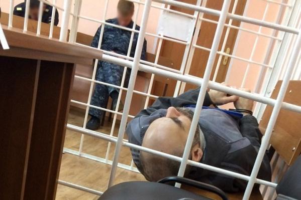 Адвокат рассказала, чтоЗамалтдинов провёл весь суд на носилках, и предоставила в доказательство фото