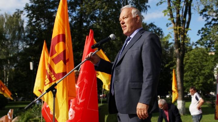 «В Ярославле народ увольняет мэров»: депутат Госдумы призвал Владимира Волкова к ответу
