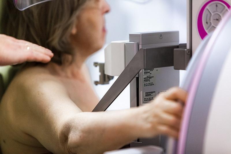 Результаты обследования большинства пациенток требуют особого внимания к женской груди