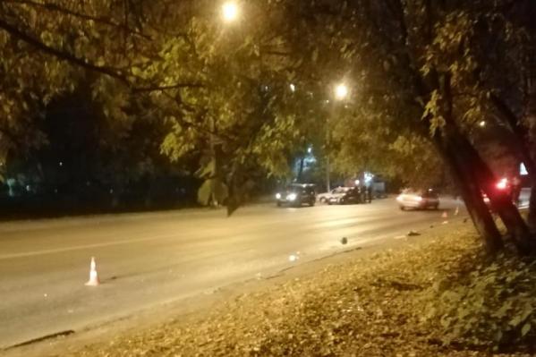 Пешеход переходил дорогу в неположенном месте