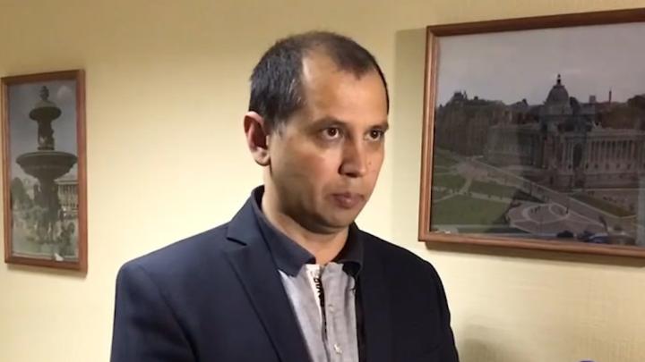 Мужу кассира из Салавата, обвиняемой в краже миллионов, оспорили домашний арест