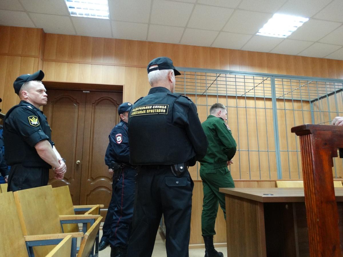 Ямальца Богдана Хасанова, который вырезал матерное слово у Артема на лбу, в апреле 2019 года отправили на три года в колонию