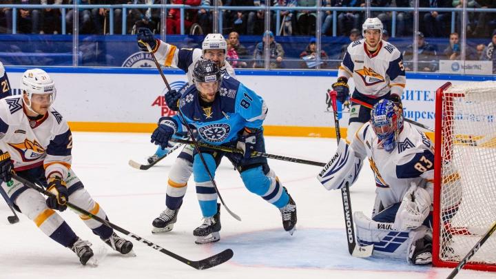 Победа в овертайме: ХК «Сибирь» обыграл магнитогорский «Металлург»
