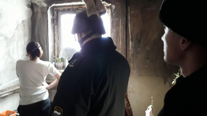 В Екатеринбурге мать пятерых детей арестовали за неуплату алиментов
