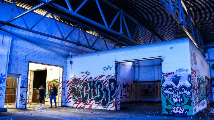 За запаянными дверьми: рассматриваем нижегородский стрит-арт, скрытый от посторонних глаз