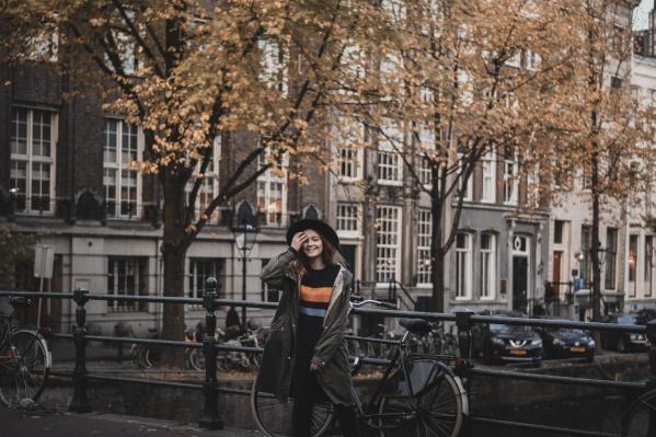 В свои 15 лет девушка уже объехала 14 стран автостопом