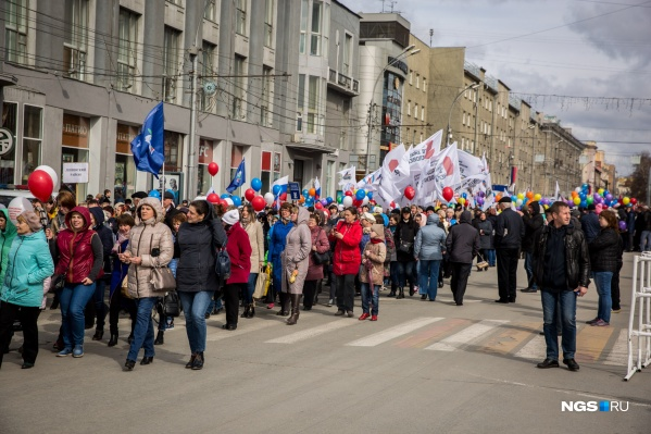 В течение всего дня 1 мая по центру Новосибирска пройдут сразу несколько колонн — профсоюзы, политические партии и участники «Монстрации».