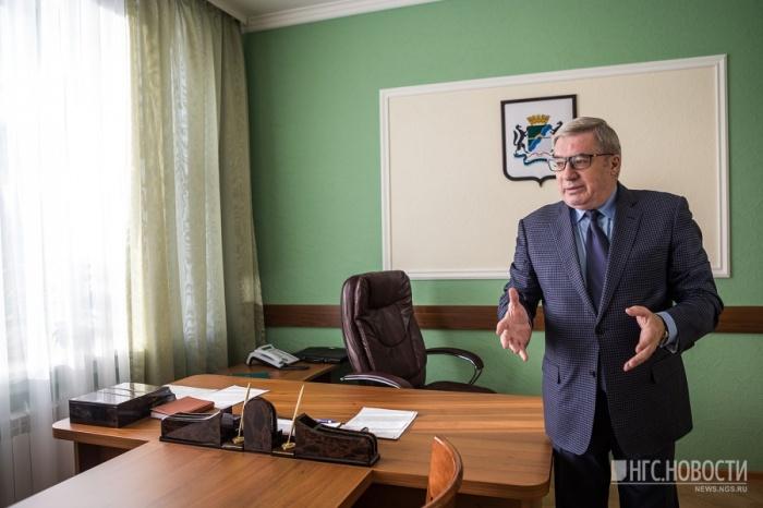 На должности советника Толоконский проработал полгода