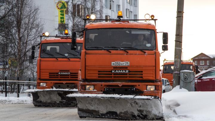 Подрядчик сменился, номер — нет: как в Архангельске пожаловаться на плохую уборку дорог и тротуаров