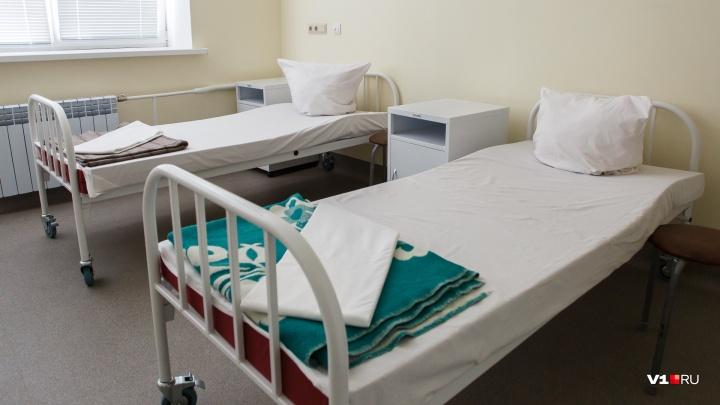 По одному на пять сёл: в Волгоградской области отправили в деревню 392 врача