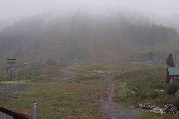Циклон принёс в Шерегеш первый снег