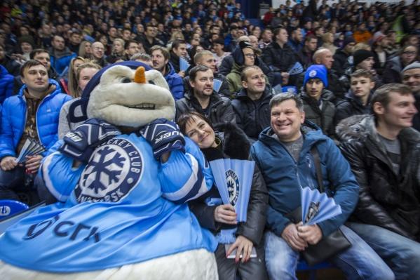 Новосибирский хоккейный клуб «Сибирь» объявил розыгрыш 20 пачек фирменных пельменей