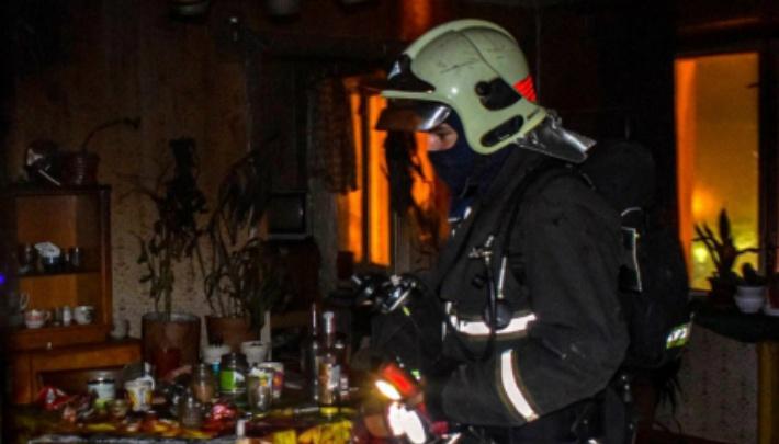 Челябинка спасла двоих детей из квартиры, вспыхнувшей из-за замыкания стиральной машинки