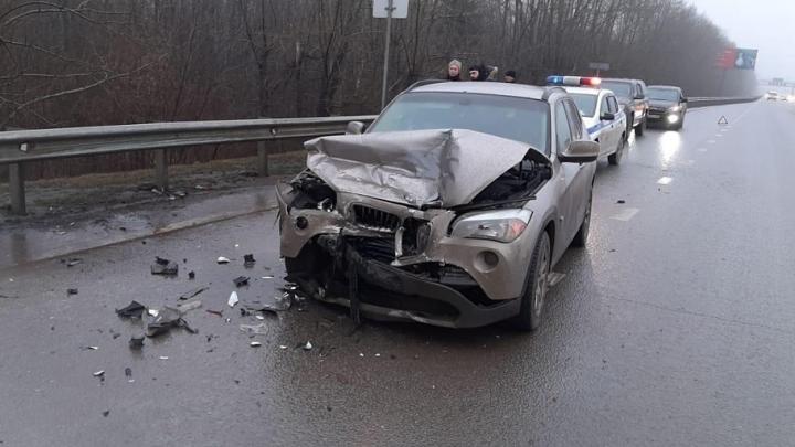 В Башкирии в ДТП с BMW и KIA Ceed пострадала 10-летняя девочка