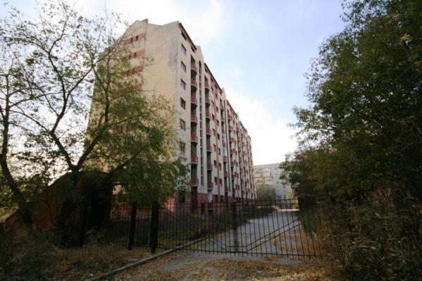 Строительство дома на Сибирской, 35/1 началось в 1993 году