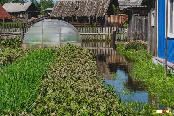 Затопленный огород в Юрле