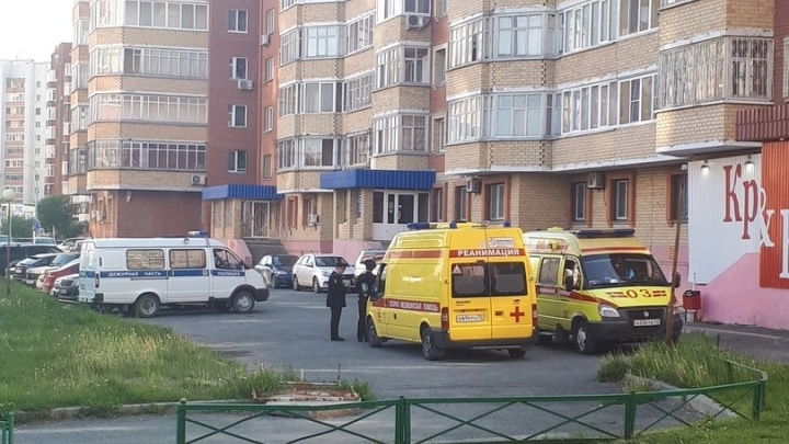 На Гнаровской из окна выпала годовалая девочка