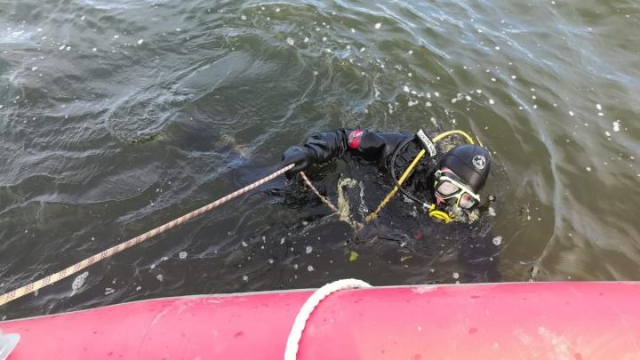 Поиски закончены: МЧС нашло тело второго мужчины, провалившегося под лед на Белоярском водохранилище