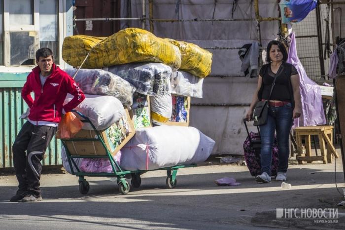 Женщина прописала в доме 35 мигрантов