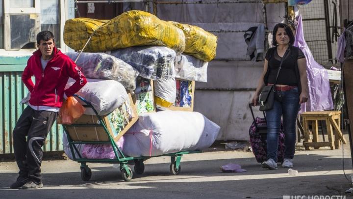 Новосибирскую дачницу отдали под суд за прописку для 35 мигрантов