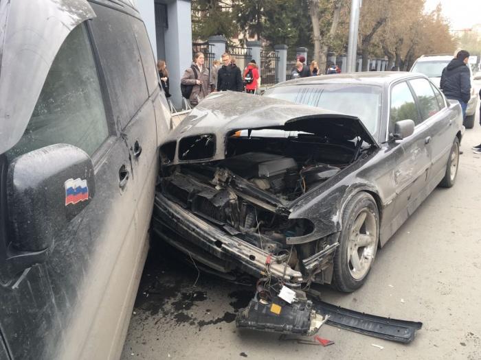 За отказ оформить ОСАГО компаниям грозит штраф от 20 тыс. до 300 тыс. руб.