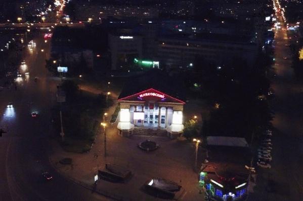Петербуржец снимал Успенский собор и кинотеатр «Маяковский»