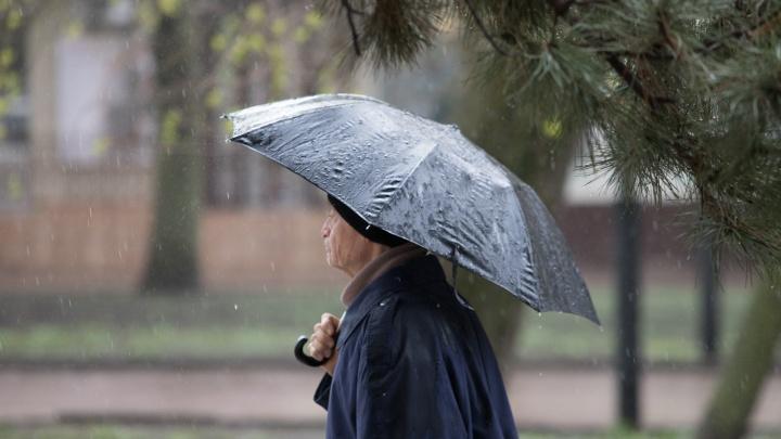 МЧС: 13 и 14 мая в Ростовской области ожидаются сильные ливни и грозы