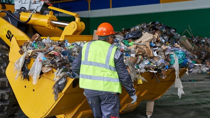 Завернутое в одеяло тело нашли на мусоросортировочном заводе в Тюмени