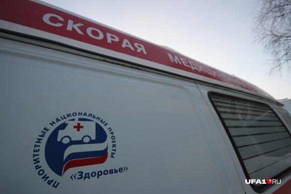Машиной скорой помощи ребёнка доставили в больницу