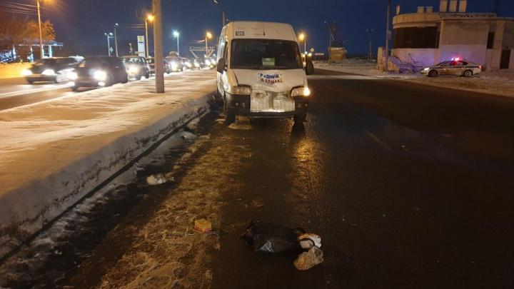«Ездят как на ралли»: маршрутка насмерть сбила пешехода в Челябинске