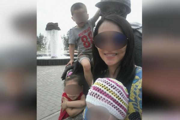 Мать трех детей сейчас в коме