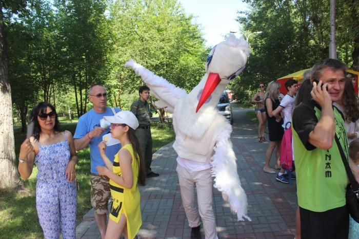 Главным символом праздника стал аист. Фото Стаса Соколова