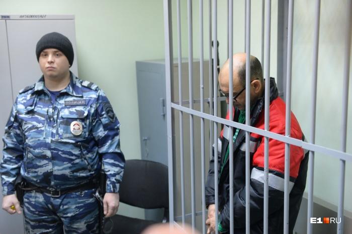 Изначально суд отправил Владимира Пузырева в СИЗО