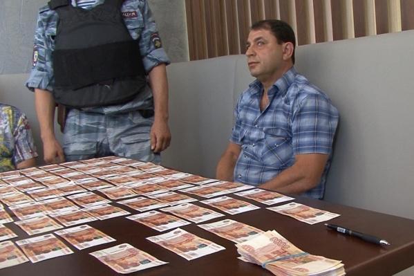 Юрия Гольдера взяли с поличным при получении денег