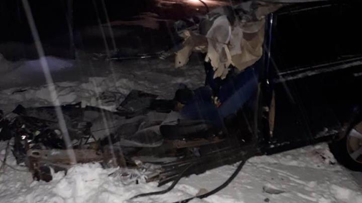В Башкирии в ДТП с грузовиком Scania из соседнего региона погибли три человека