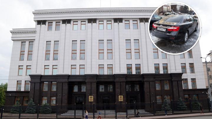 Едем дальше: власти Челябинской области снова потратят миллионы на иномарки для своего автопарка
