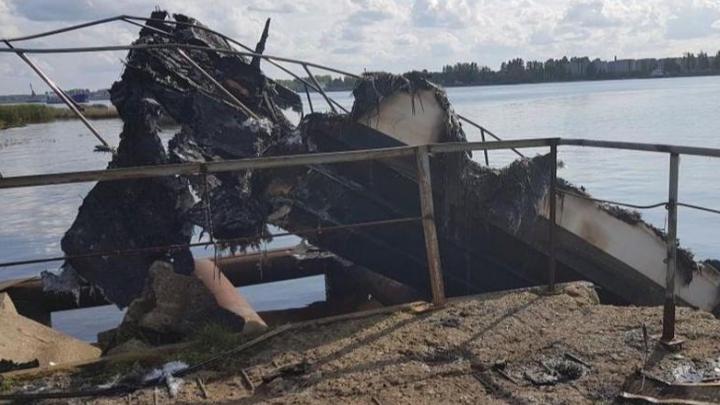 В Ярославской области катер врезался в пристань и взорвался: информация о пассажирах