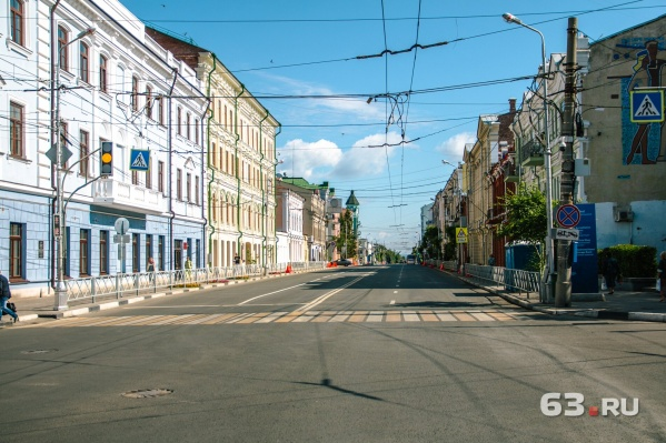 Перекресток Куйбышева и Некрасовской: транспорта нет