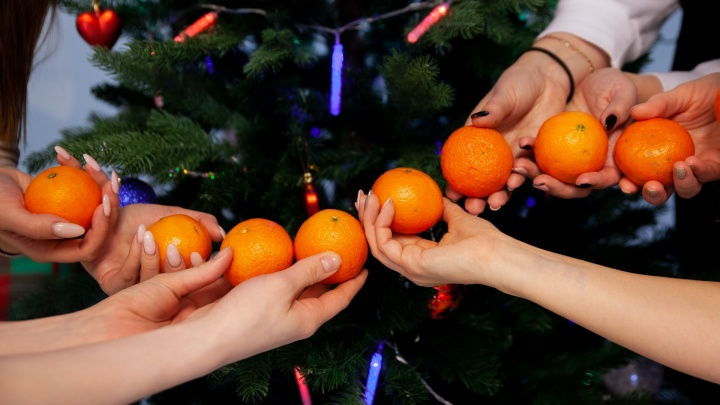 «Искала мандарины в каждой новости»: 20 тюменцев победили в новогоднем конкурсе от 72.RU