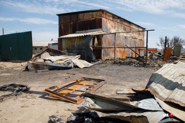 Животные сгорели заживо в стойле