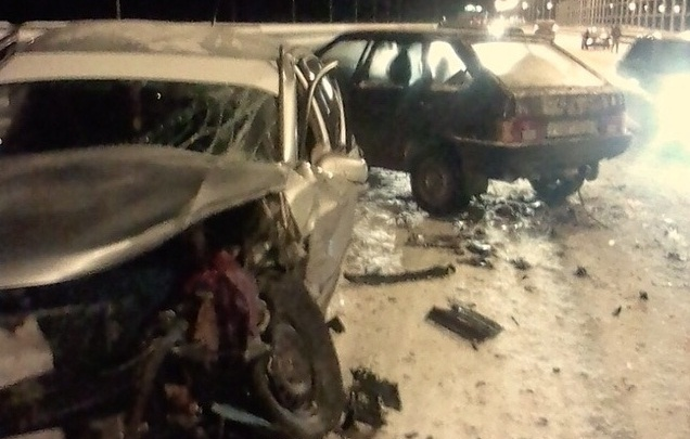 «Даже не притормозил»: под Волгоградом водитель устроил тройное ДТП и скрылся