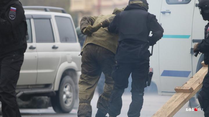 В Ростове задержали бездомного, собиравшегося устроить стрельбу на заправке