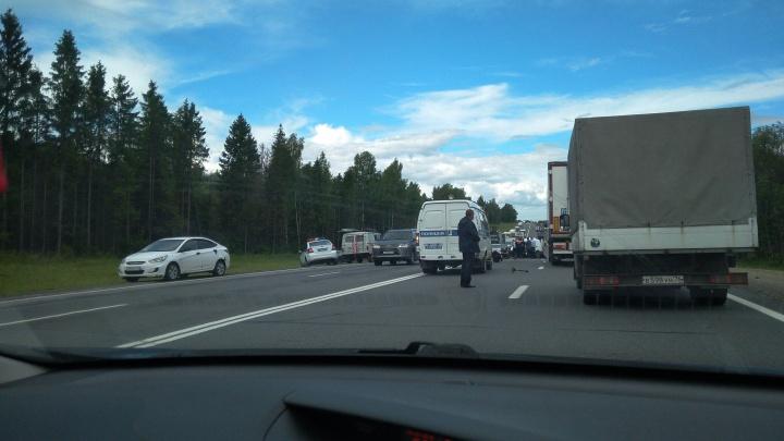 В страшном ДТП на трассе в Ярославской области погибли двое взрослых и маленький мальчик