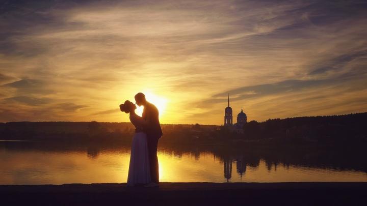 Финальная битва свадебных фотографов: выбираем самые оригинальные снимки екатеринбуржцев