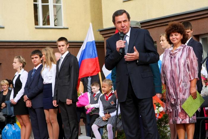 Количество первоклассников растёт каждый год, подсчитал Владимир Городецкий