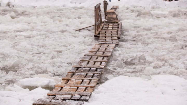 Семь пешеходных и две транспортных: в Архангельске утвердили список легальных ледовых переправ