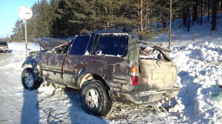 На трассе Курган — Тюмень погиб непристегнутый водитель. Пассажирка отделалась ушибами